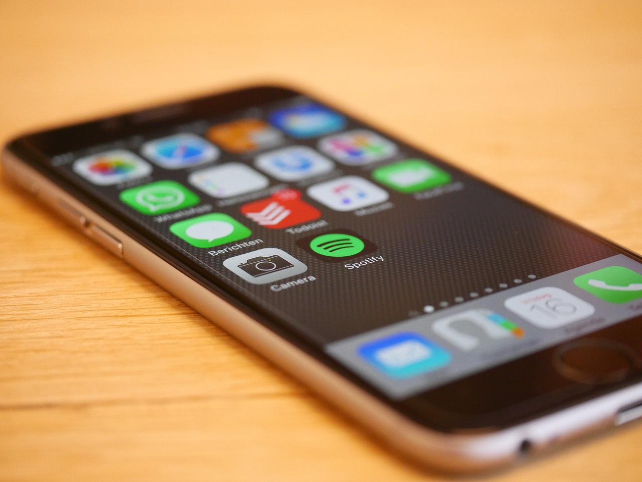 How Apple Dropped the Ball with the iPhone 6